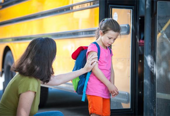 توقفى عن هذه العادات حتى لايخاف ابنك من المدرسة!