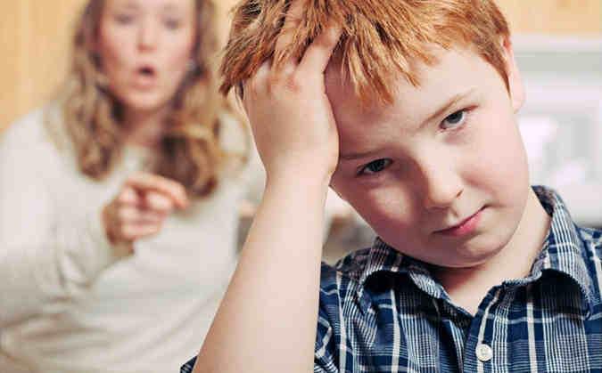 5 جمل إحذرى أن تقوليها لطفلك!
