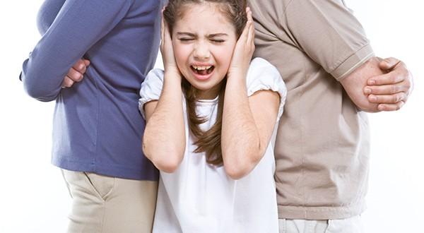 8 أخطاء شائعة فى تربية الأطفال،تعرفى عليها!