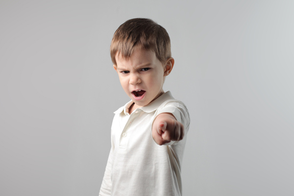 5 طرق للتعامل مع السلوك العدوانى عند الأطفال