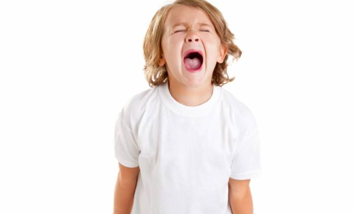 9 نصائح للتعامل مع طفلك كثير البكاء