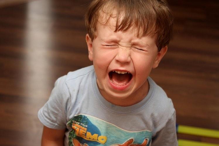 9 حلول فعالة للسيطرة على صراخ طفلك