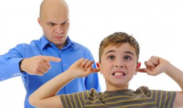 9 طرق تربوية فعالة تغنيكِ عن ضرب طفلك